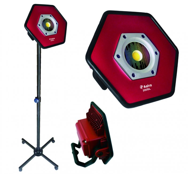 Astro 200SL Sunlight 1800 lm CRI 95 Rechargeable Color Match Flood Light Rolling Stand