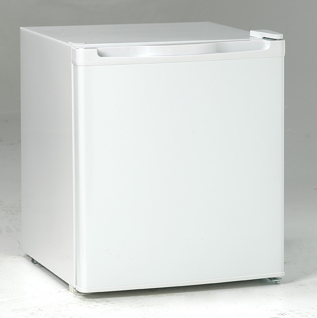 AVANTI RM17TOW WHITE 1.7 CUFT CUBE REFRIGERATOR WITH
