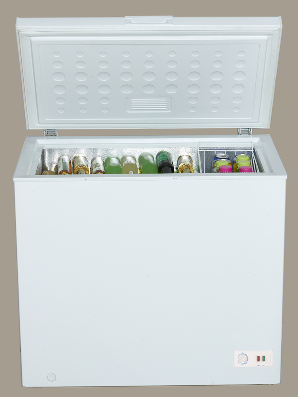 AVANTI CF70BOW WHITE 7.0 CU FT CHEST FREEZER SINGLE FLIP UP