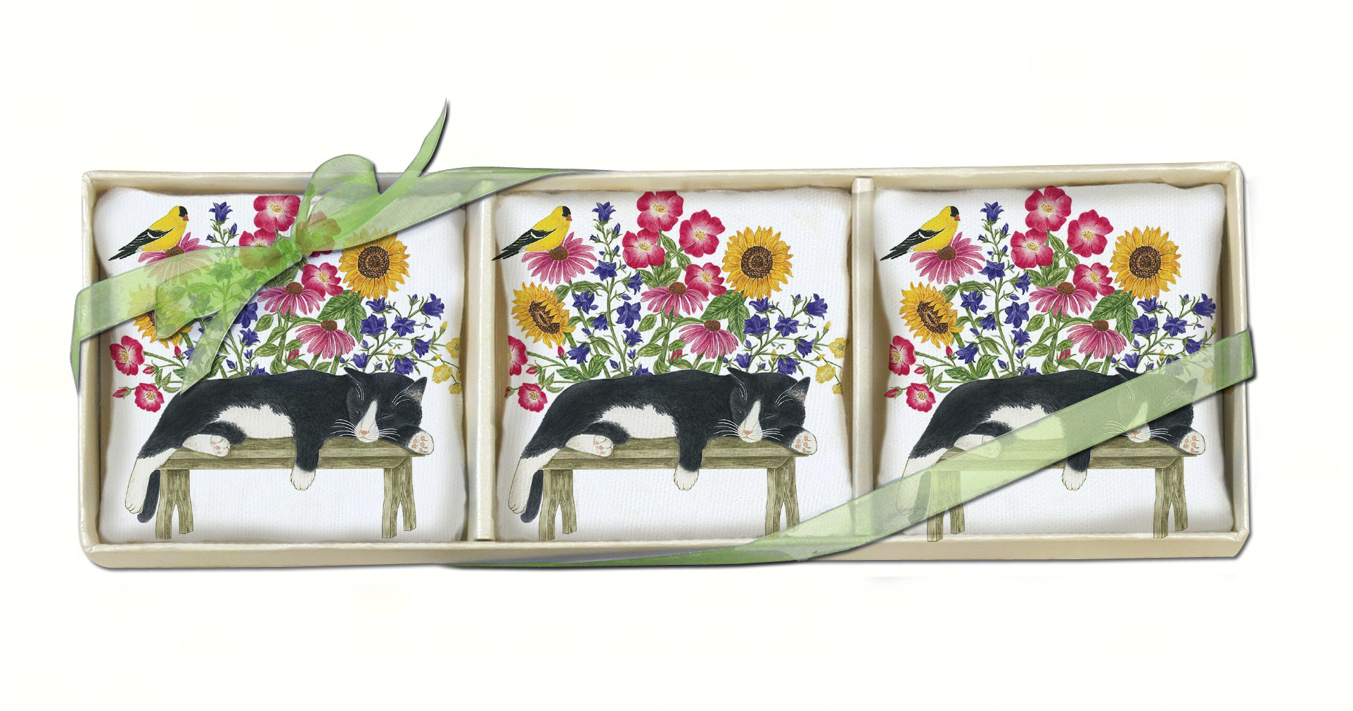 Cat on Bench Gift Boxed Lavendar Sachets (3 pcs)