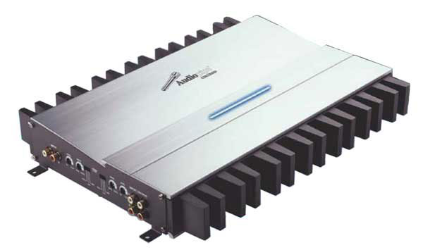 4 CHANNEL HI-POWER AMPLIFIER