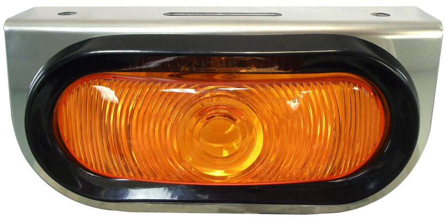 """SS MOUNT W/6.5"""" OVAL AMBER LIGHT & WIRING HARNESS"""