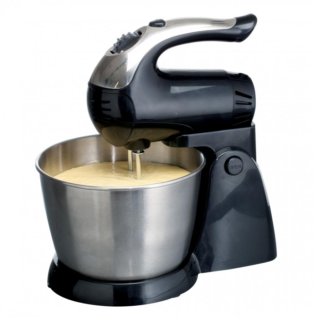 Brentwood 5-Speed Stand Mixer with Stainless Steel Bowl - Black