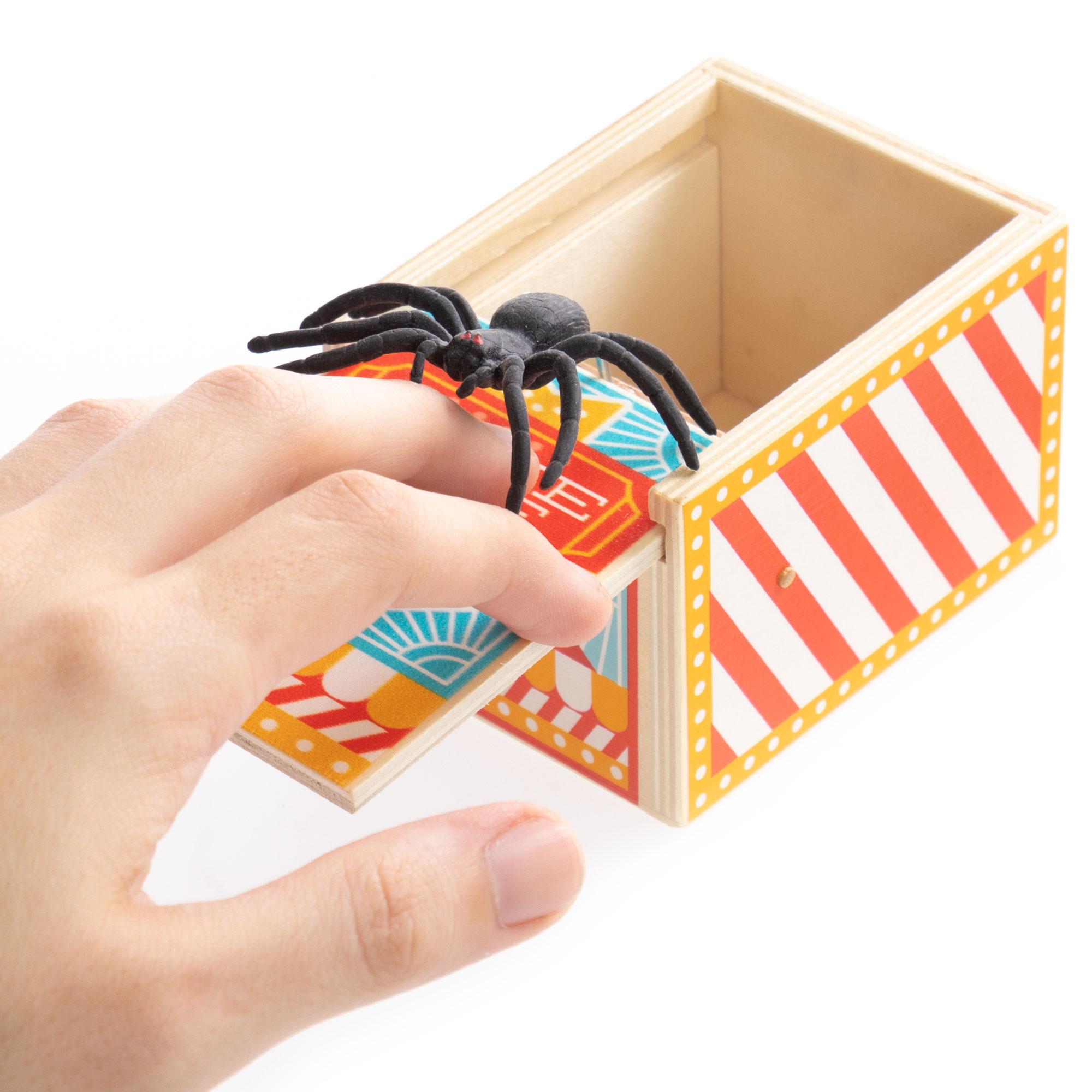 Spider Prank Box, Carnival
