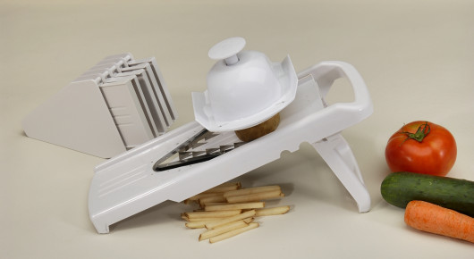 COOKPRO 646 V SHAPE 9PC BLADE MANDOLINE SLICER CREATES THE