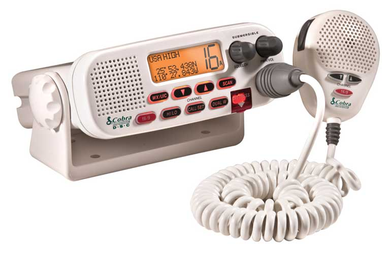 CLASS D 25WATT SUBMERSIBLE VHF RADIO W/NC,NOAA,DSC