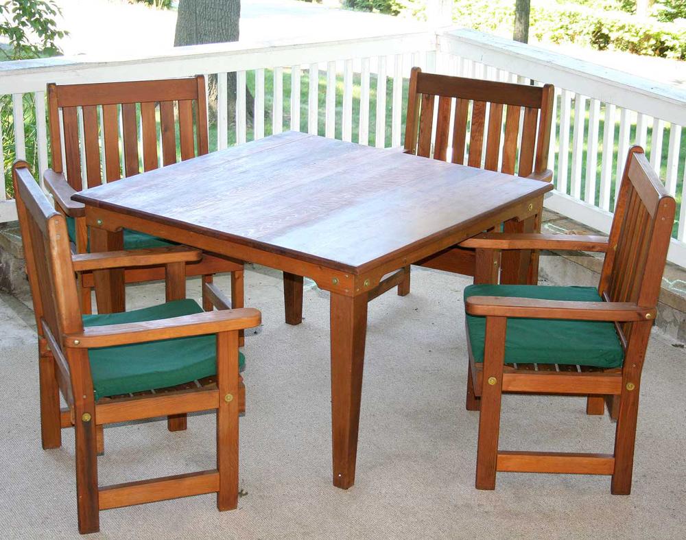 """36"""" Cedar Get-Together Dining Set"""