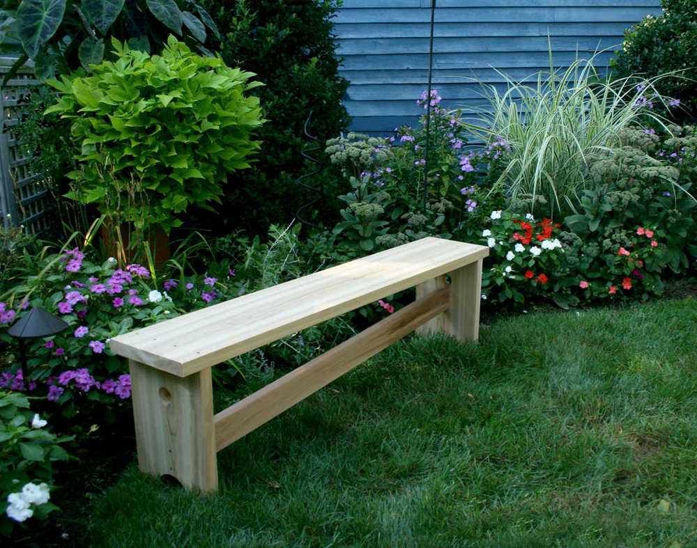 5' Cedar 1800 Traditional Bench w/ Slant Brace
