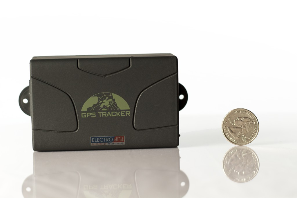 Affordable Advanced Real-time GPS Tracker for Shipment Tracking