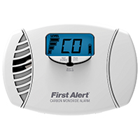First Alert CO615 Plug-In Single Gas Detector, CO, Audible, Visual, Low Battery, 120 VAC, AA
