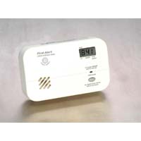 FIRST ALERT CO615 CARBON MONOXIDE PLUG-IN ALARM (BATTERY BACKUP & DIGITAL DISPLAY)