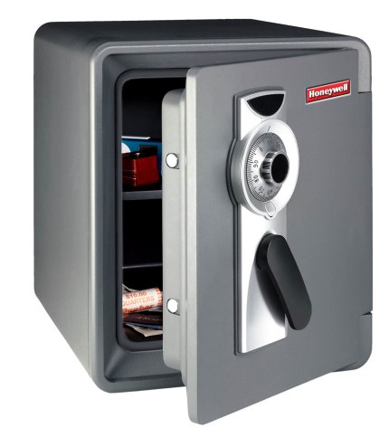 FIRST ALERT 2087F .94 CUBIC-FT WATERPROOF 1-HOUR FIRE SAFE WITH COMBINATION LOCK