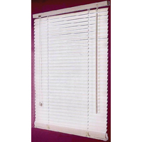 BLIND FAUX WOOD WHITE 31X64IN