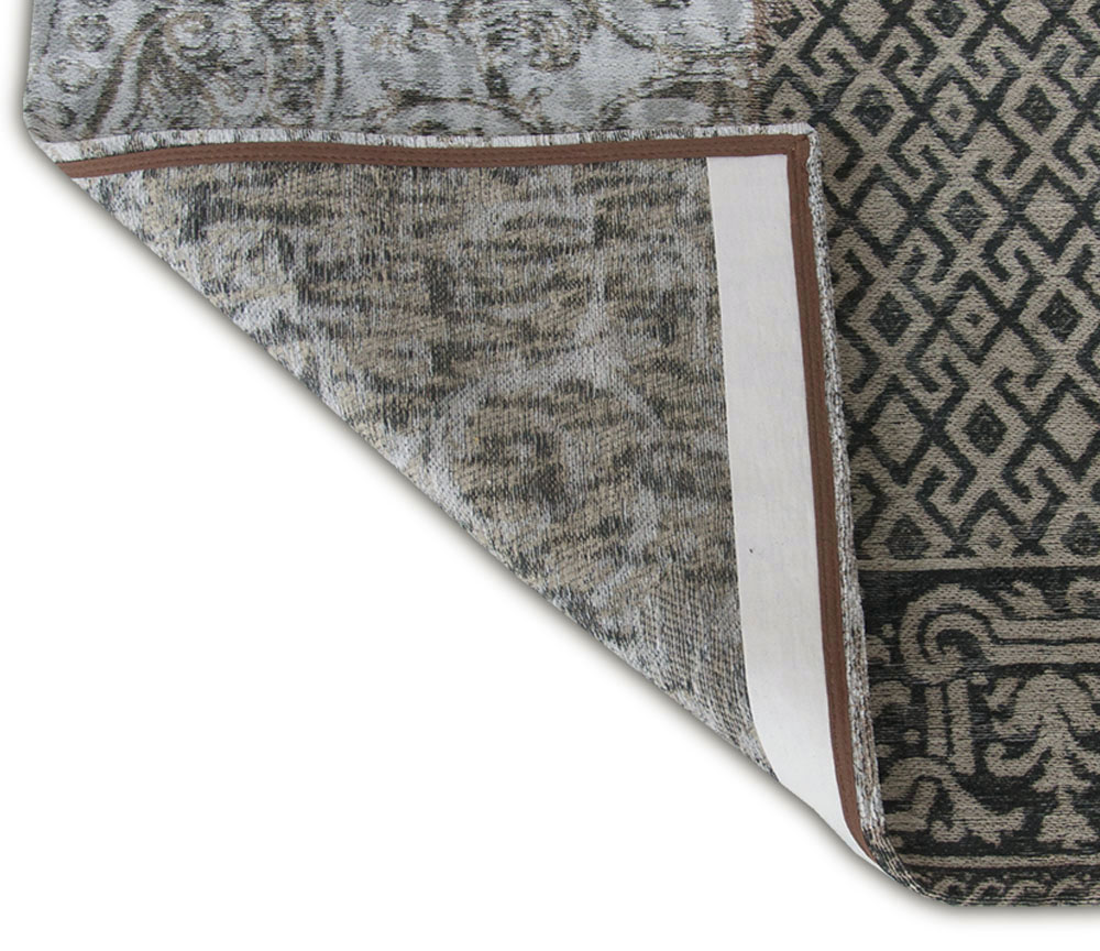 5' x 7' Black White Grey Patchwork Design Area Rug