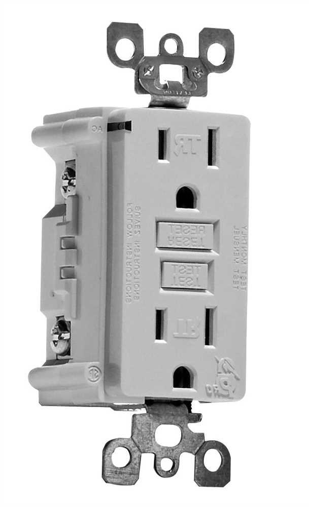 LEVITON� SMARTLOCKPRO� 2-POLE TAMPER-RESISTANT DUPLEX GFCI RECEPTACLE WITH LED, WHITE, NEMA 5-15R, 125 VOLTS, 15 AMPS
