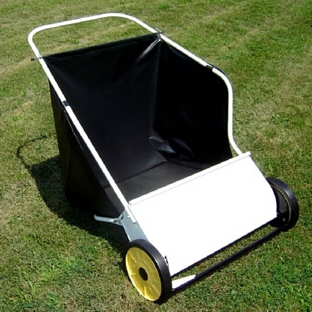 "26"" DELUXE PUSH LAWN SWEEPER"