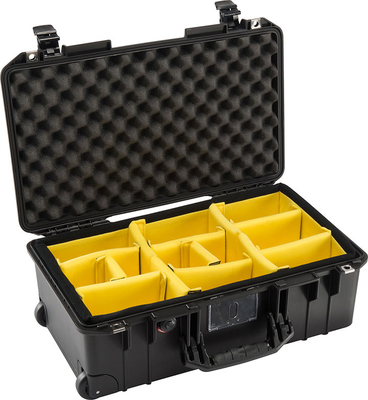 Pelican 015350-0040-110 Black 1535 Air Case With Padded Dividers Maximum size wheeled carry-on