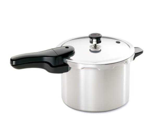 6 Quart Presto Pressure Cooker, Aluminum