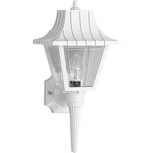 1 60 Watts Medium Wall Lantern