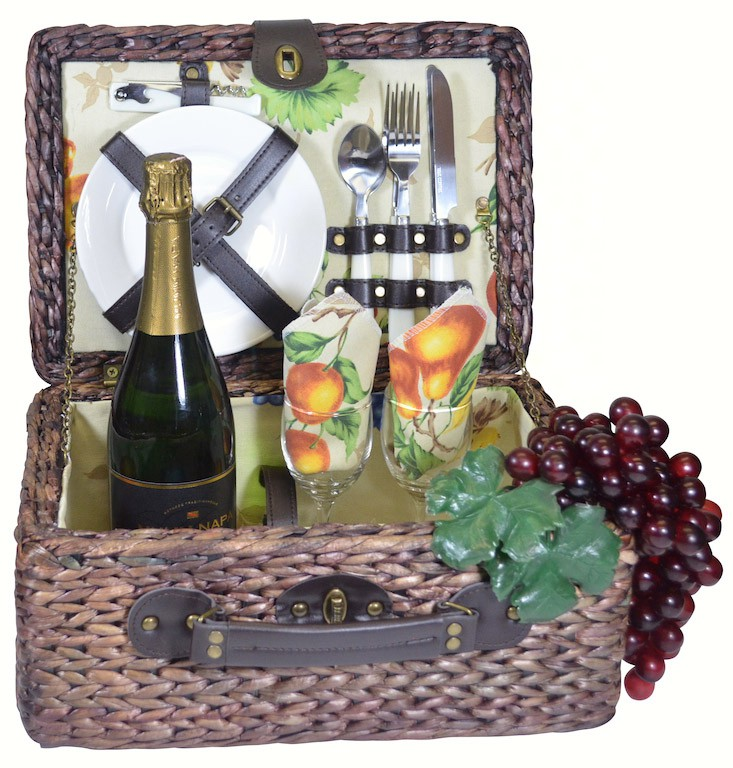 Picnic Basket with Deluxe Service for Two with Floral/Fruits lining
