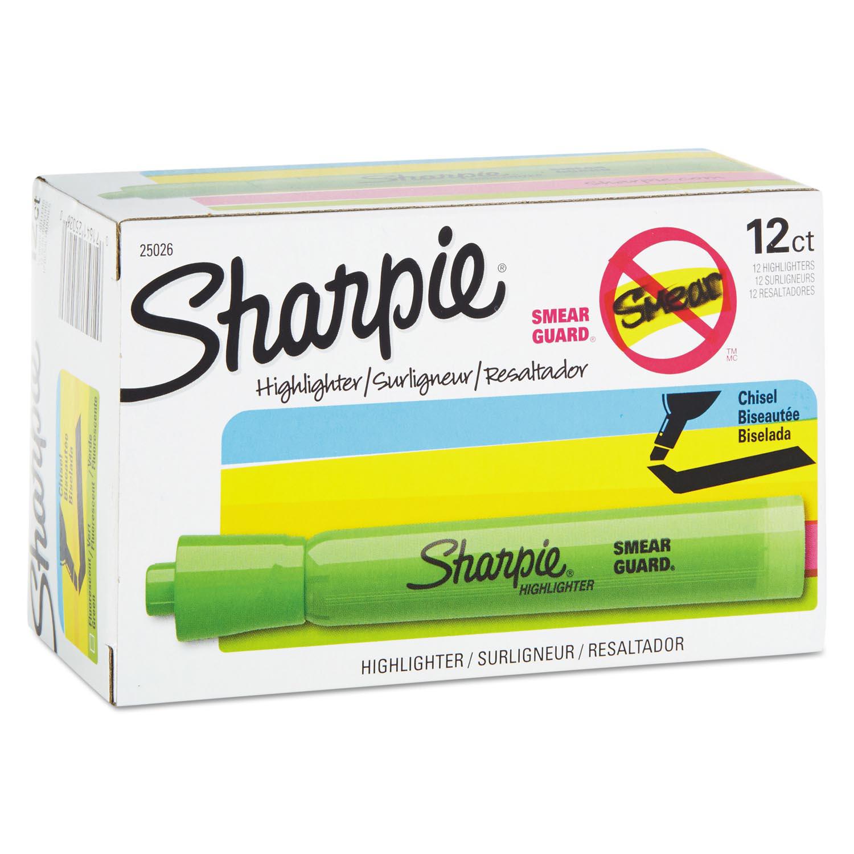 Accent Tank Style Highlighter, Chisel Tip, Fluorescent Green, Dozen