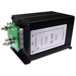 Converter Switching DC-DC, 20-35 VDC Input, 13.8 VDC Output, 60 Amps RoHS Compliant