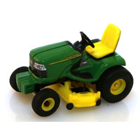 TOY TRACTOR LAWN