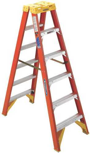 WERNER� TYPE IA FIBERGLASS TWIN LADDER, 6'