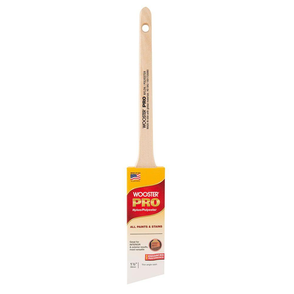 WOOSTER� PRO NYLON / POLYESTER THIN ANGLE SASH BRUSH, 1-1/2 IN.