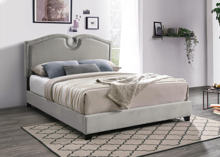Bedroom Kimberly Scalloped Queen Bed, Champagne