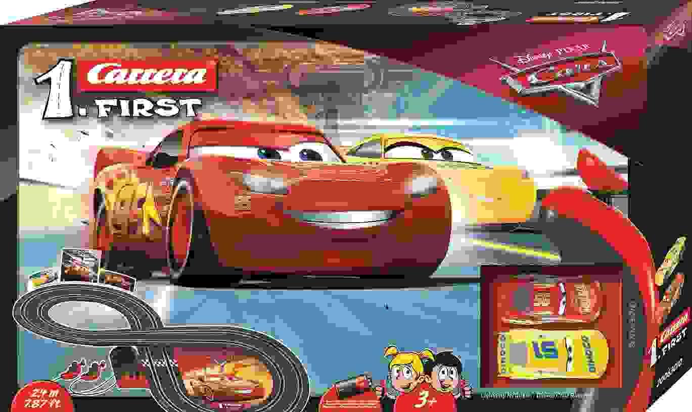 CARRERA 20063010 DISNEY PIXAR CARS 3  RACETRACK IN A FIGURE 8