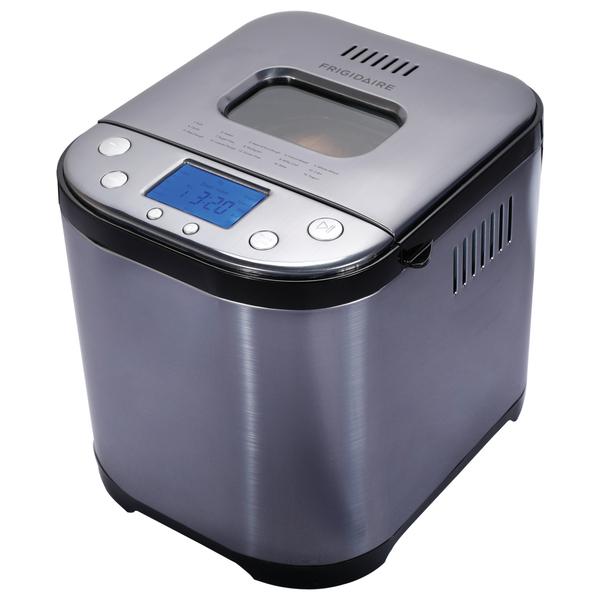 Frigidaire EBRM100-SSBLACK 2-Pound 710-Watt Electric Stainless Steel Bread Maker (Black)