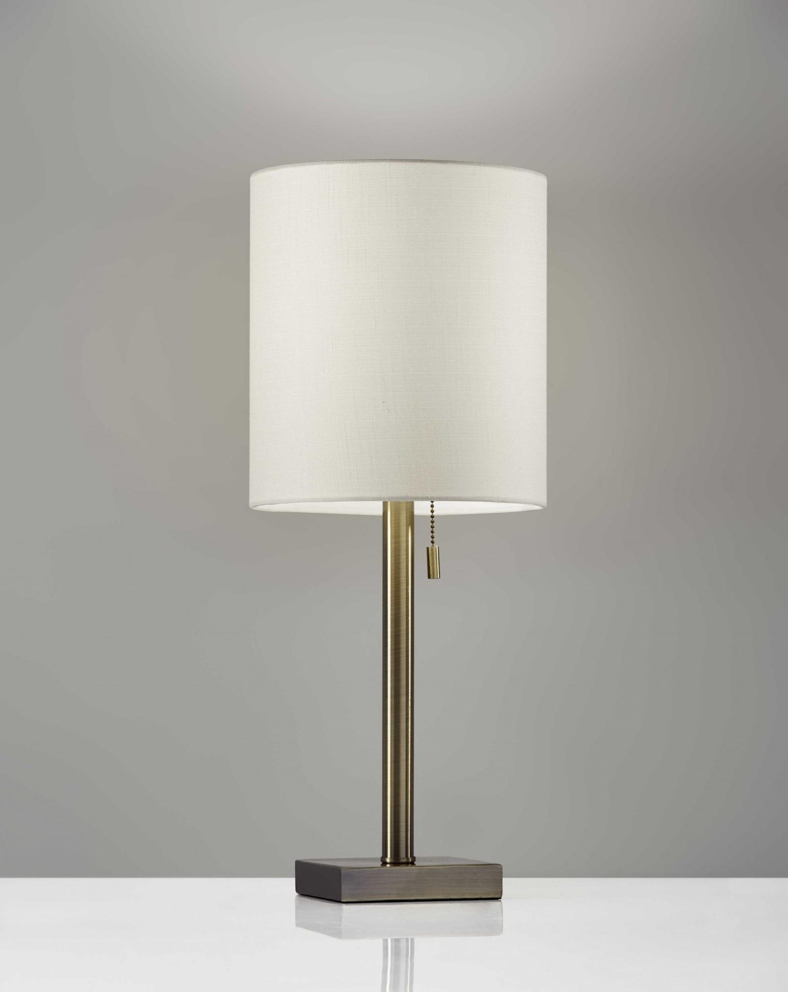 """9"""" X 9"""" X 22"""" Brass Metal Table Lamp"""
