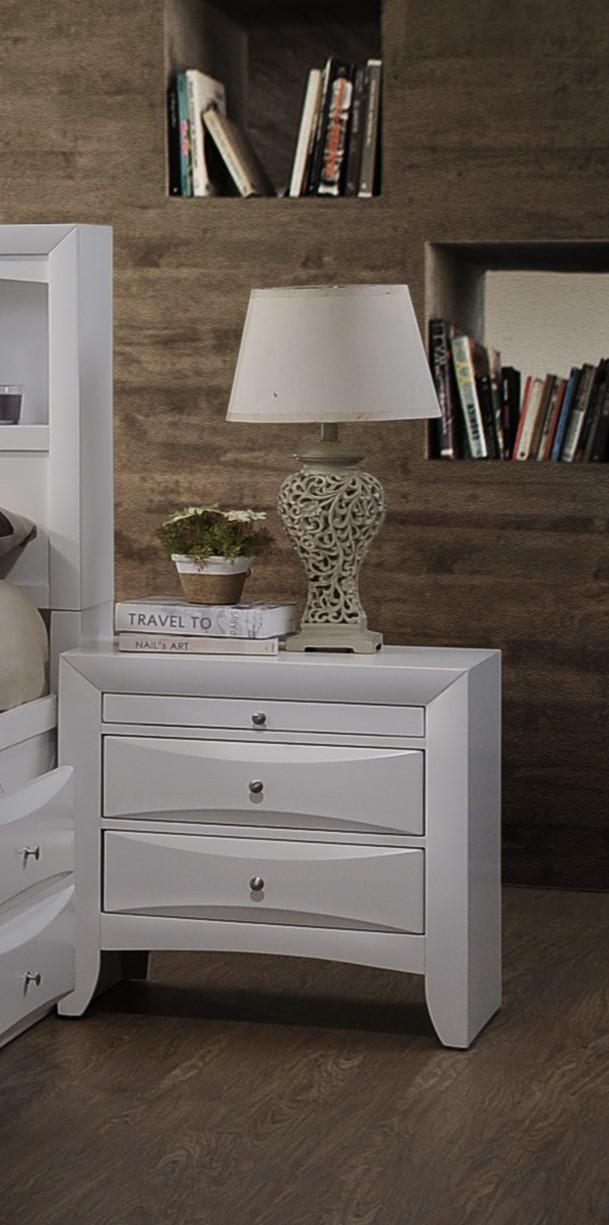 Elegant White 3 Drawer Nightstand