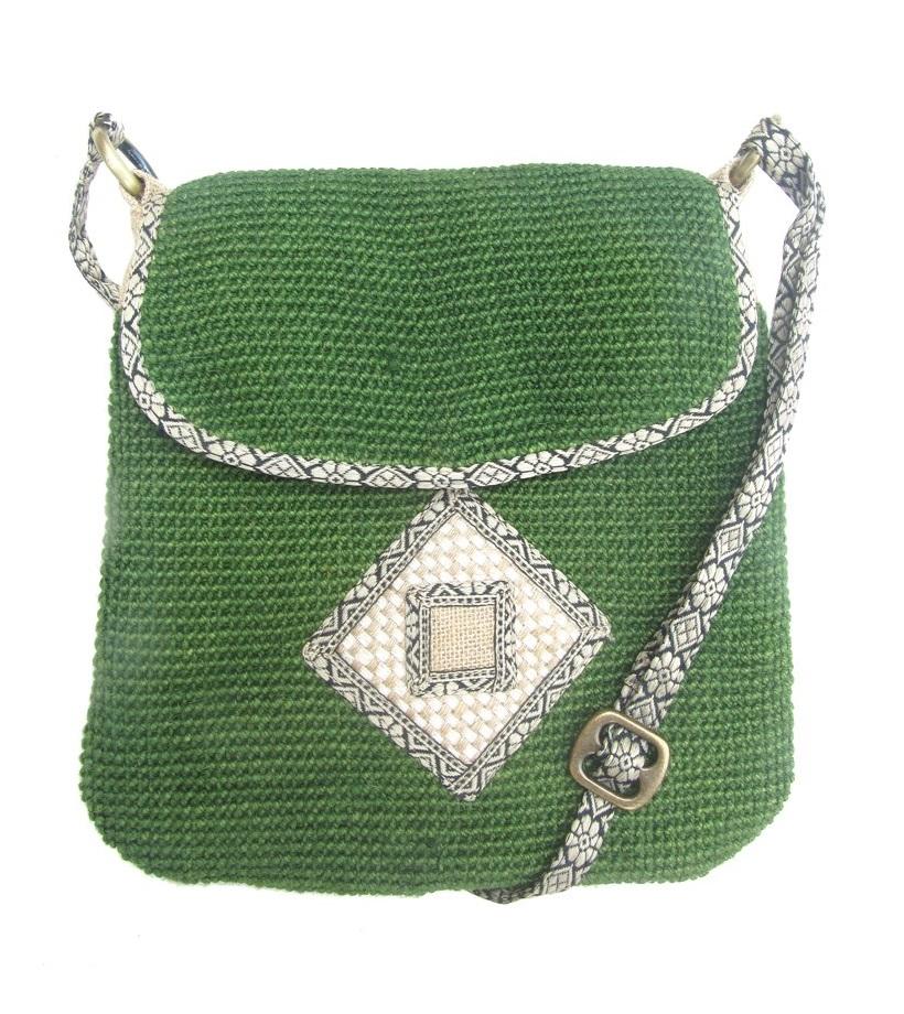 Leaf & Fiber 'Rummy' Eco-Friendly Designer Cross-Body Bag - Green