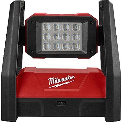 MILWAUKEE� M18� TRUEVIEW HP LED FLOOD LIGHT