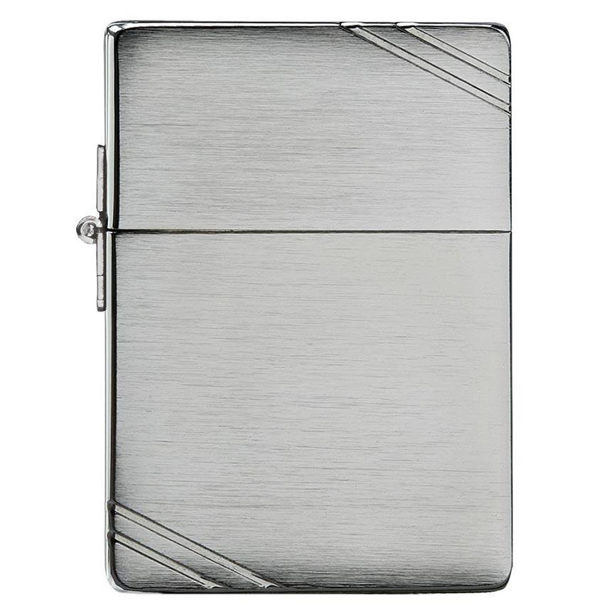Zippo *1935* Windproof Lighter 1935 Replica w/SlashesBrushed Chrome
