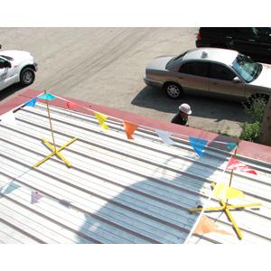 X-WARNING LINE Set Of 4 w/ 1 flag set